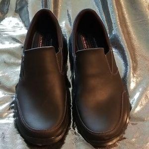 NWT Skechers shoes men's 12